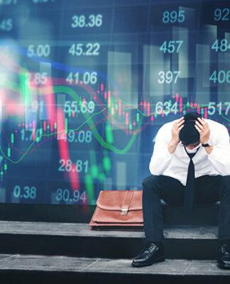 Inwestor zestresowany ujemnym saldem rachunku maklerskiego